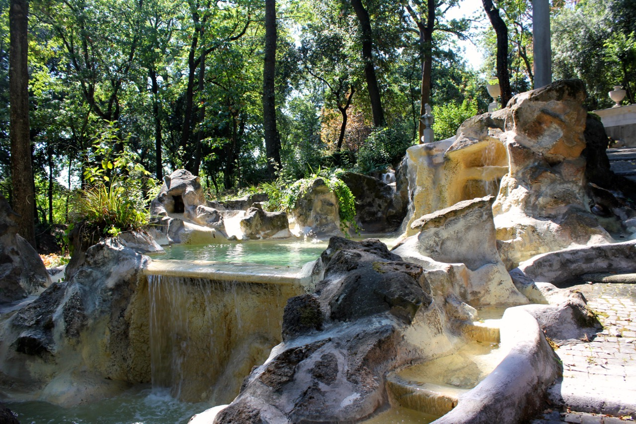 fountain in garden at vatican