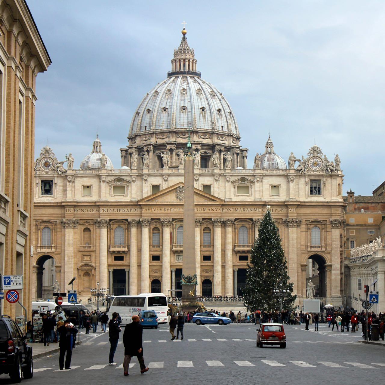 vatican at christmas