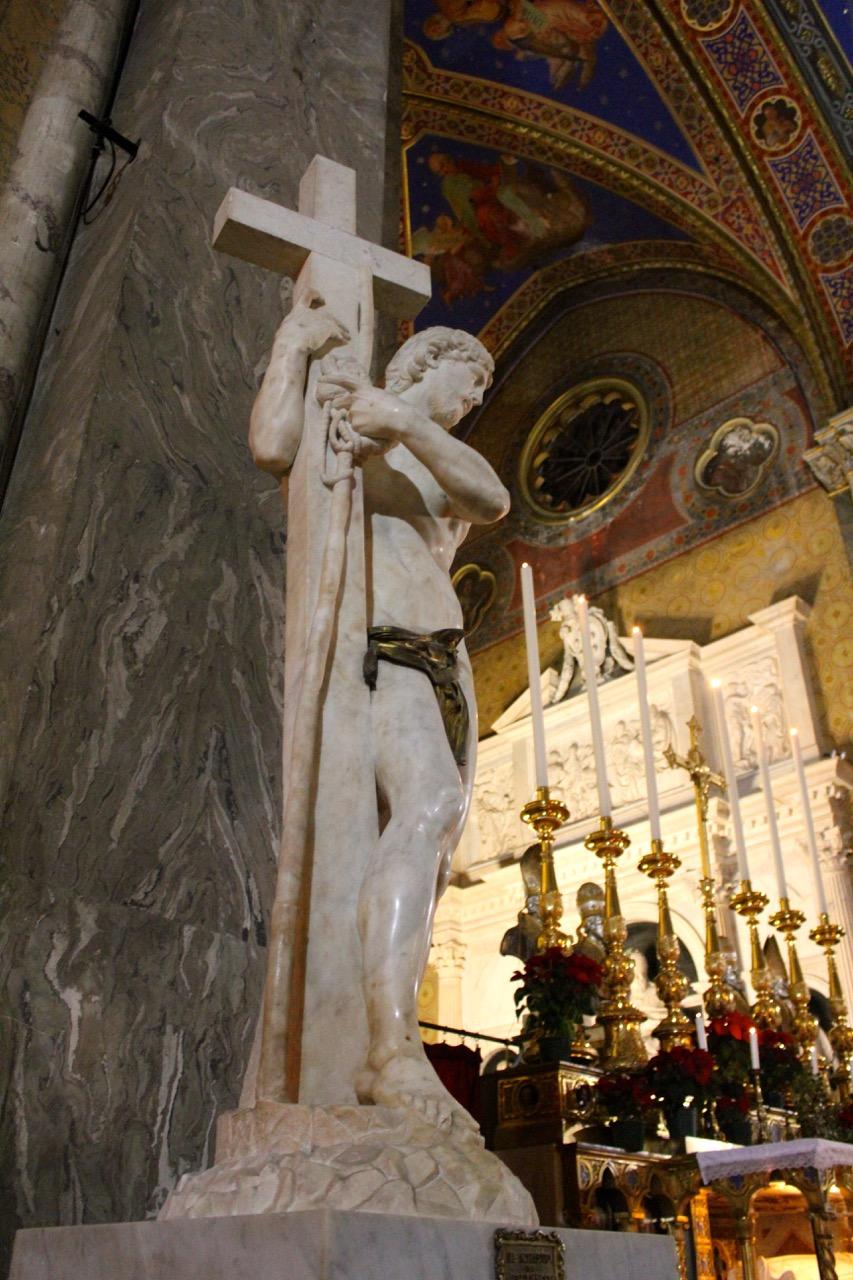 christ the redeemer in santa maria sopra minerva