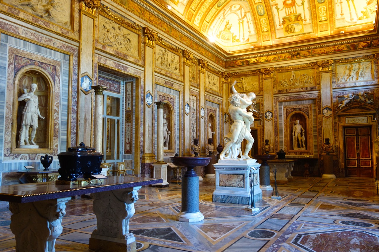 room inside galleria borghese in rome