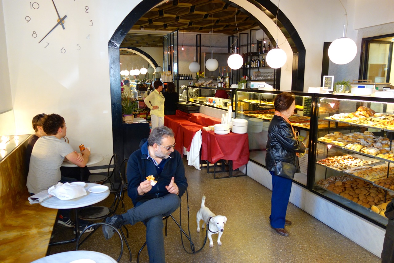 interior of antico forno ai serpenti