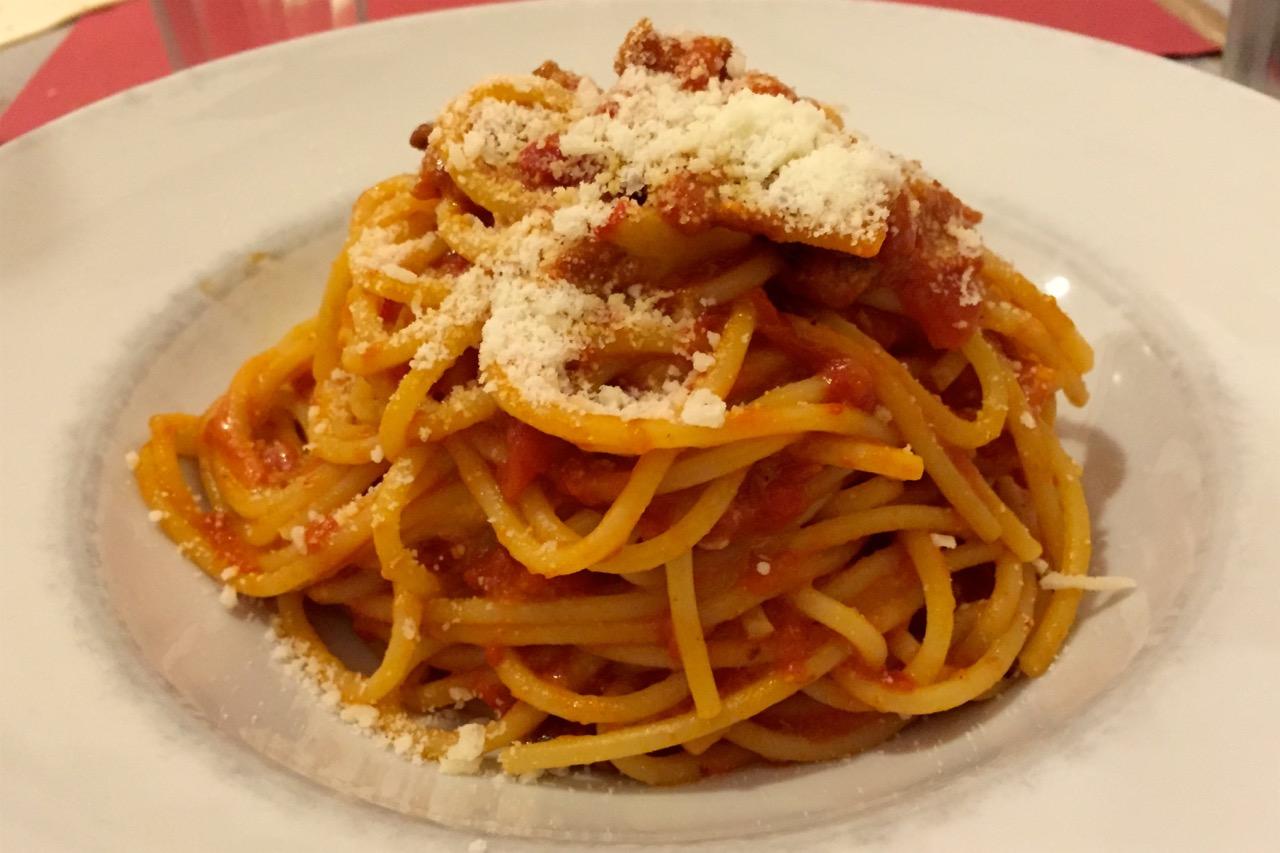 spaghetti amatriciana bocconcino