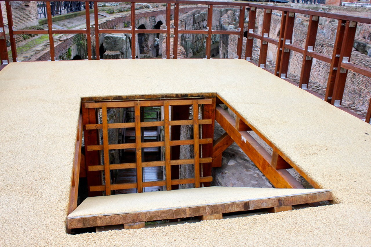 what a trapdoor in the colosseum floor looked like