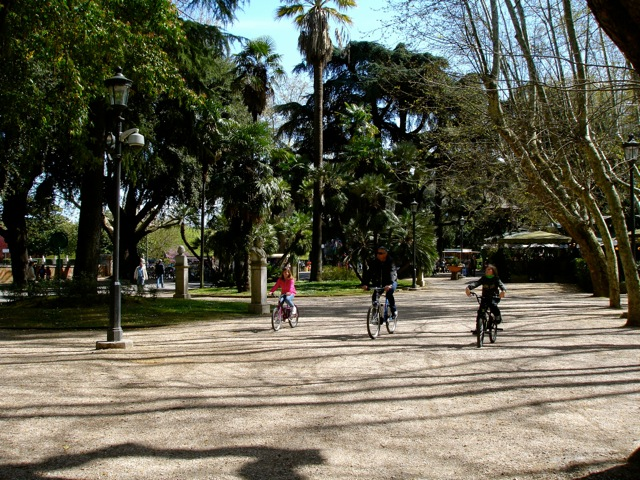 cycling in borghese park