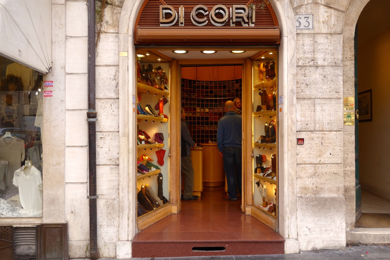 lovely glove shop near spanish steps