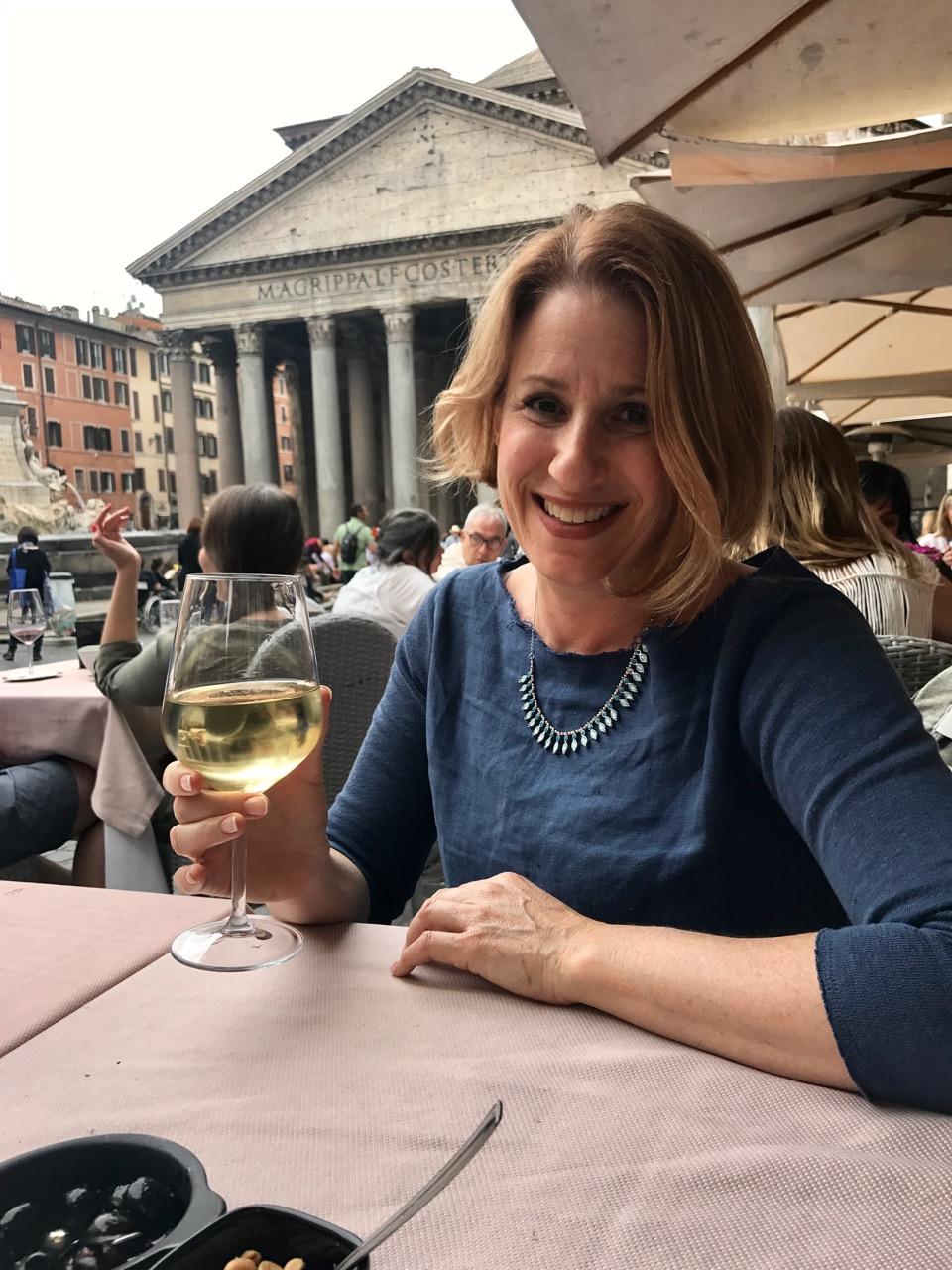 Elyssa Bernard, publisher of Romewise, at the pantheon