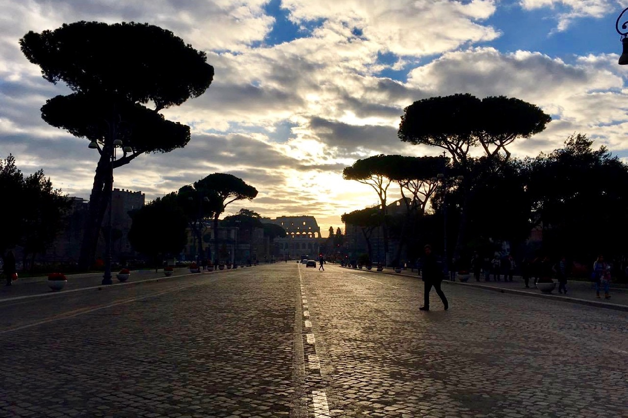 fori imperiali early morning