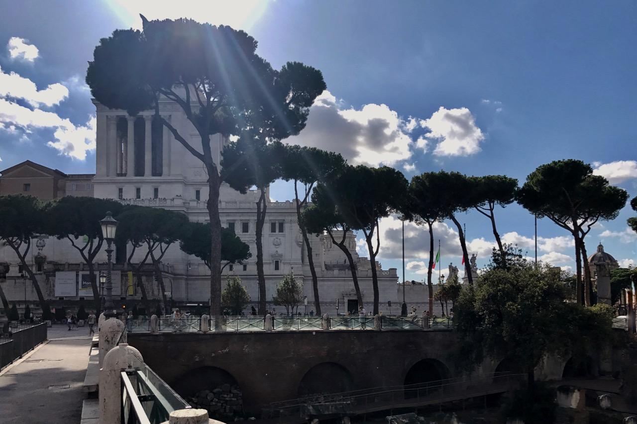 rome in september - via dei fori imperiali