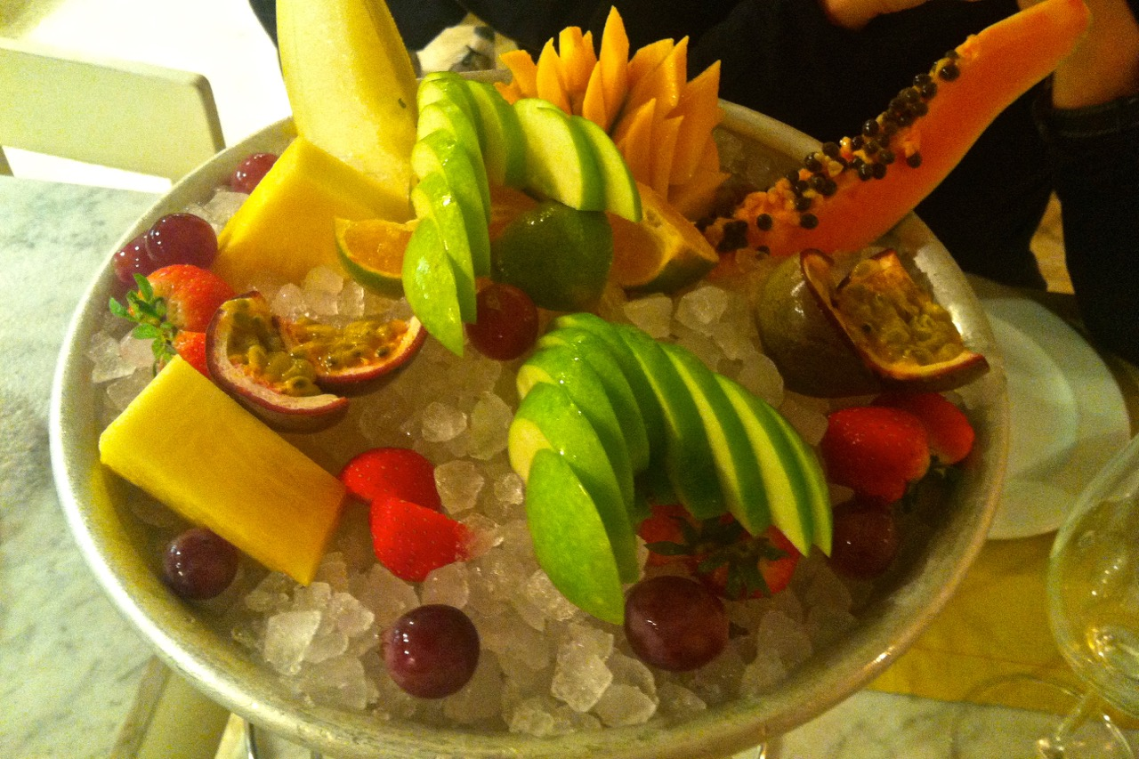 fruit plate at ginger