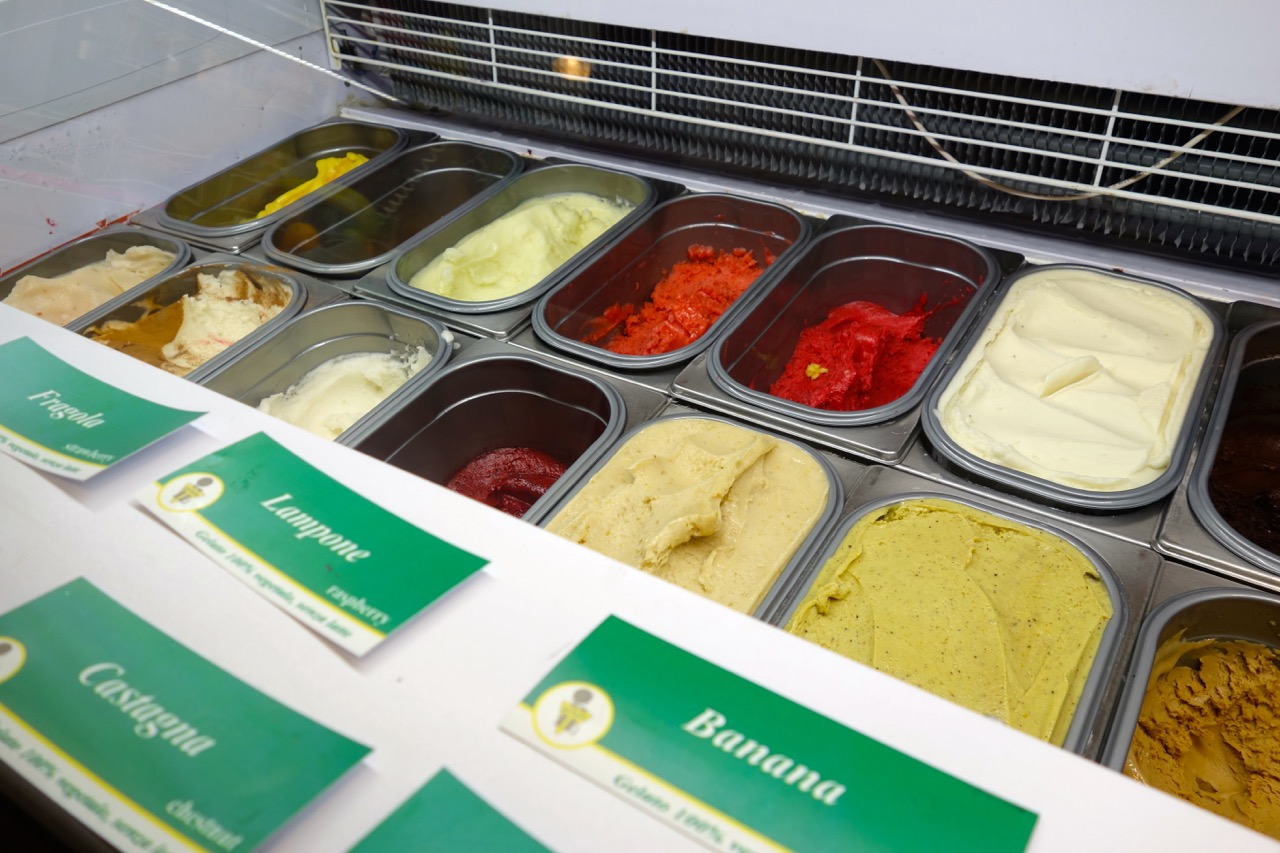 real gelato flavors at claudio torce