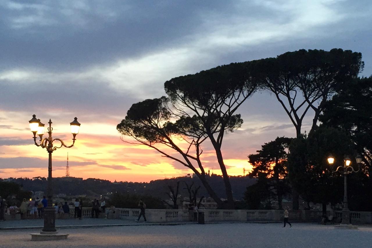 sunset on pincio