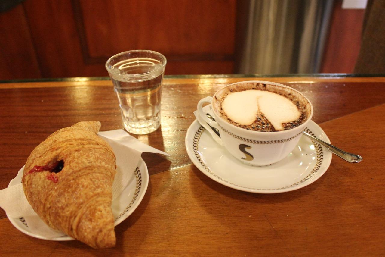 cappuccino e cornetto at sciascia caffe