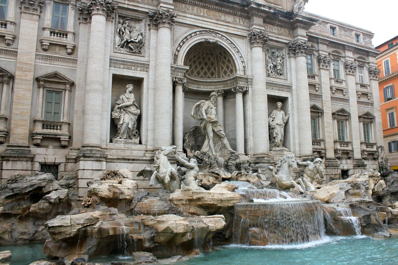 trevi fountain in january