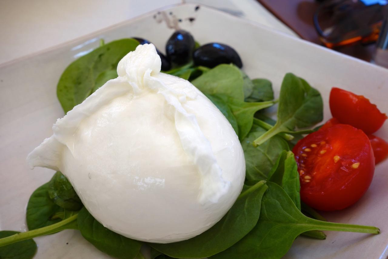 mozarella and tomato at obica