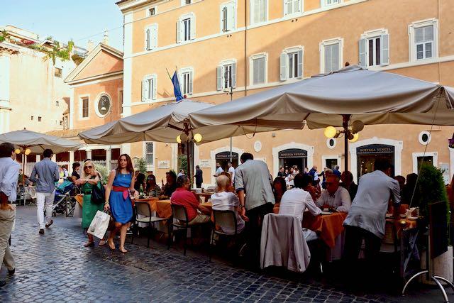 Ciampini cafe - where Romans in the know go for their gelato