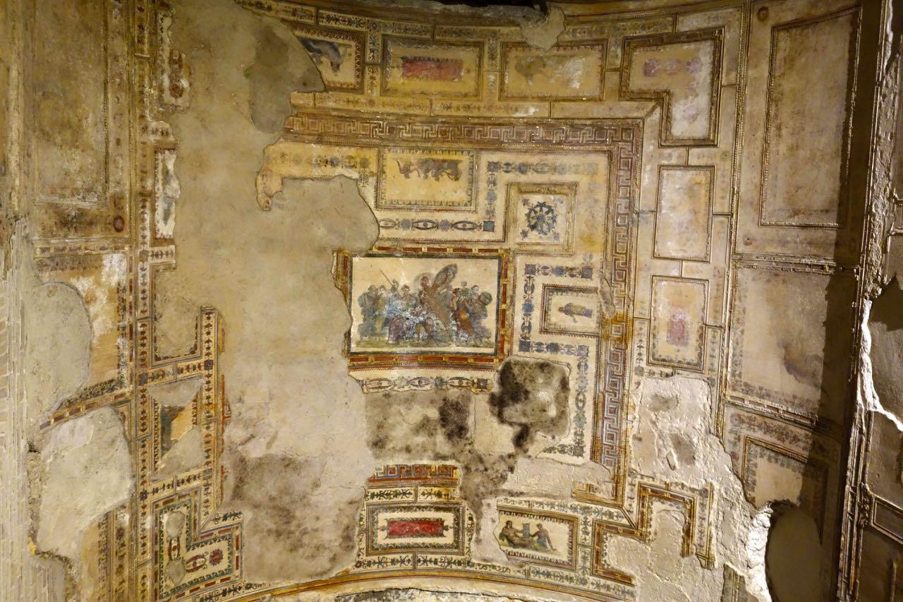 ceiling fresco in domus aurea
