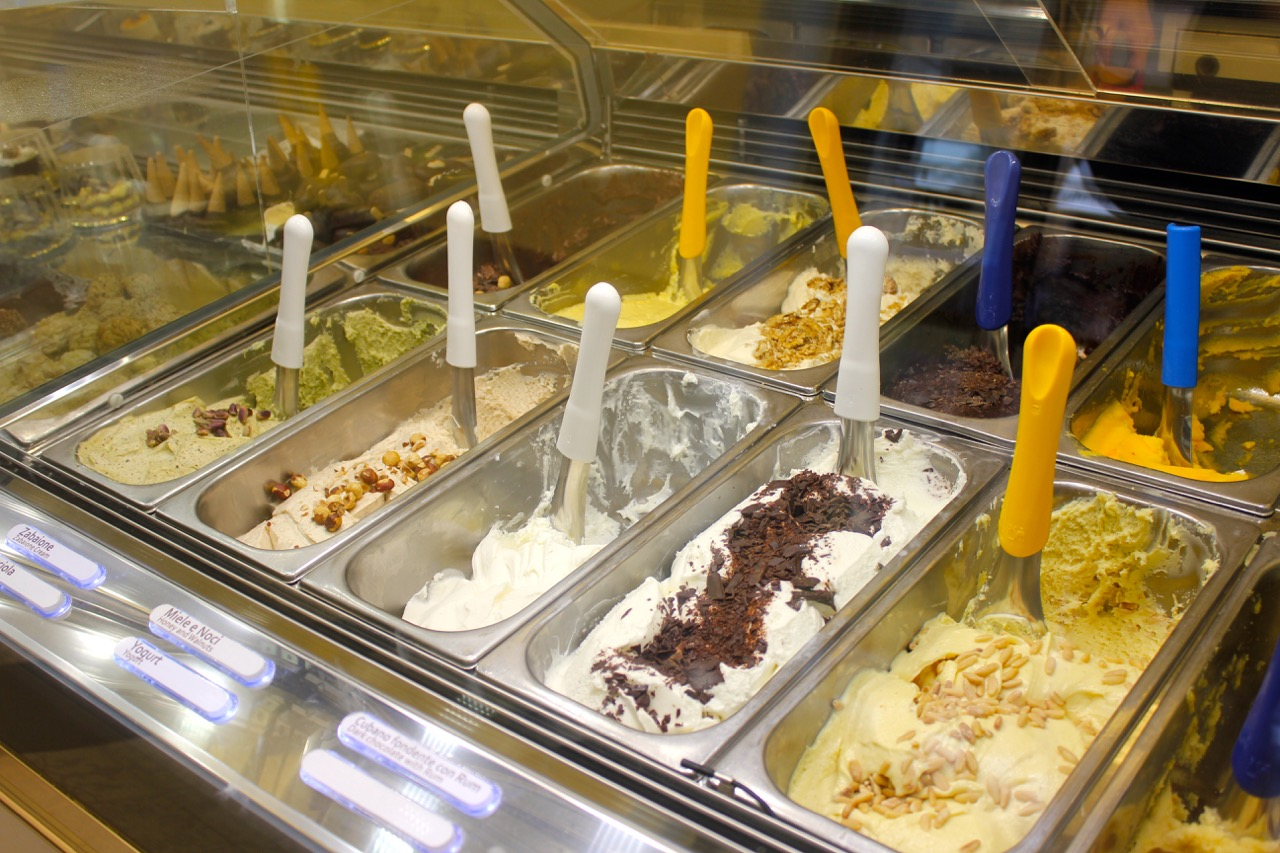 flavors at gelateria dei gracchi
