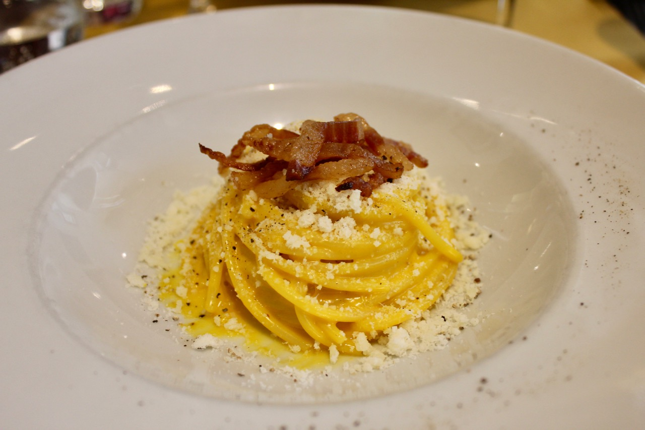 carbonara at grappolo d'oro in rome