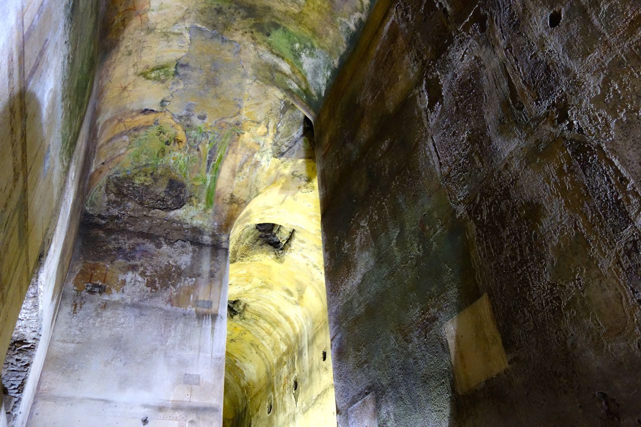 humidity damage to the domus aurea walls