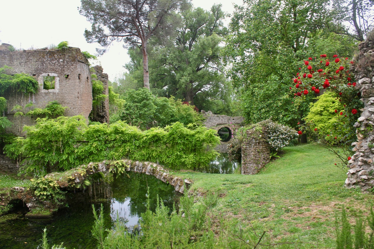 the gardens at ninfa