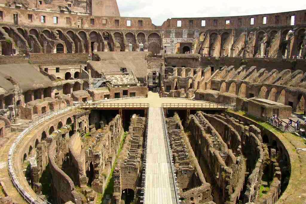 inside rome colosseum