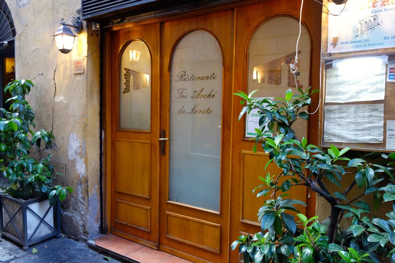 Ristorante ai Trei Archi doorway