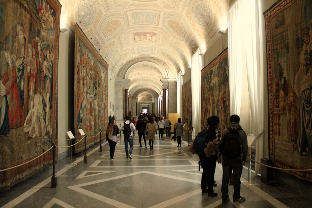 galleria degli arazzi in the vatican museums