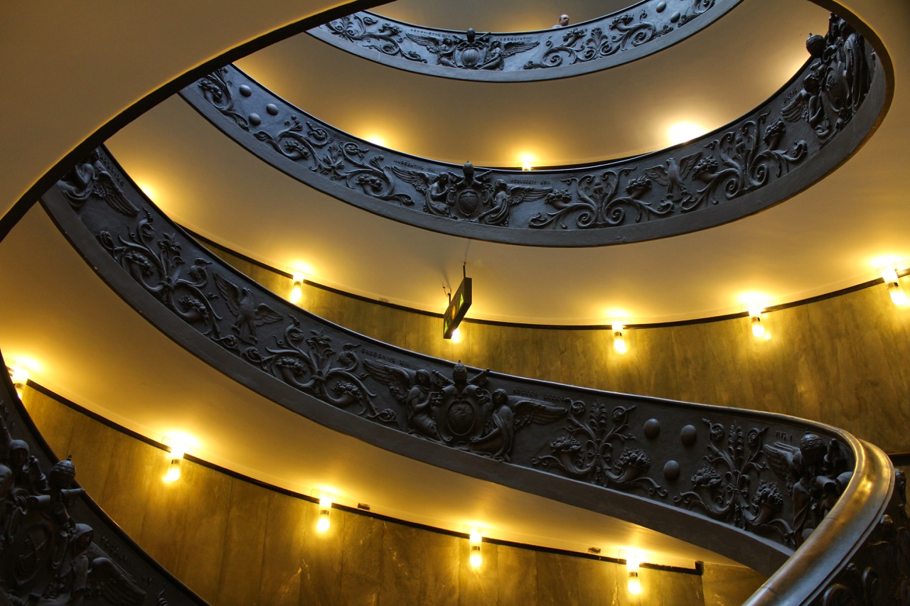 vatican museums spiral staircase from the bottom