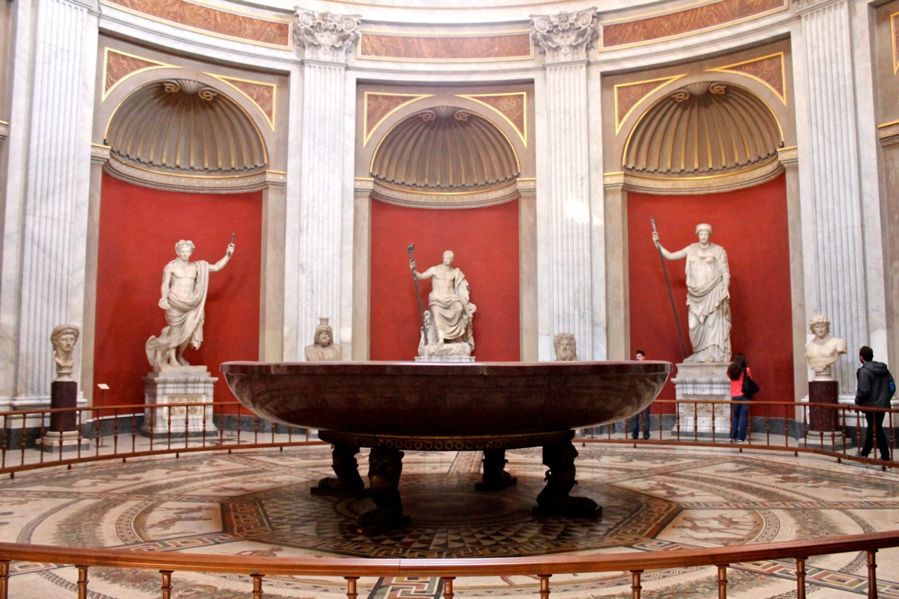 porphyry basin in sala rotunda in vatican museums