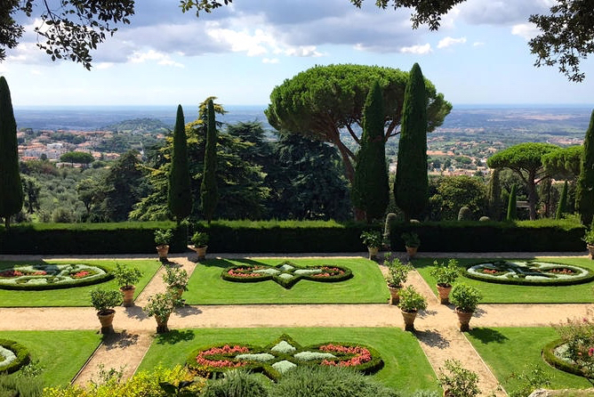 pope's barberini gardens at castel gandolfo